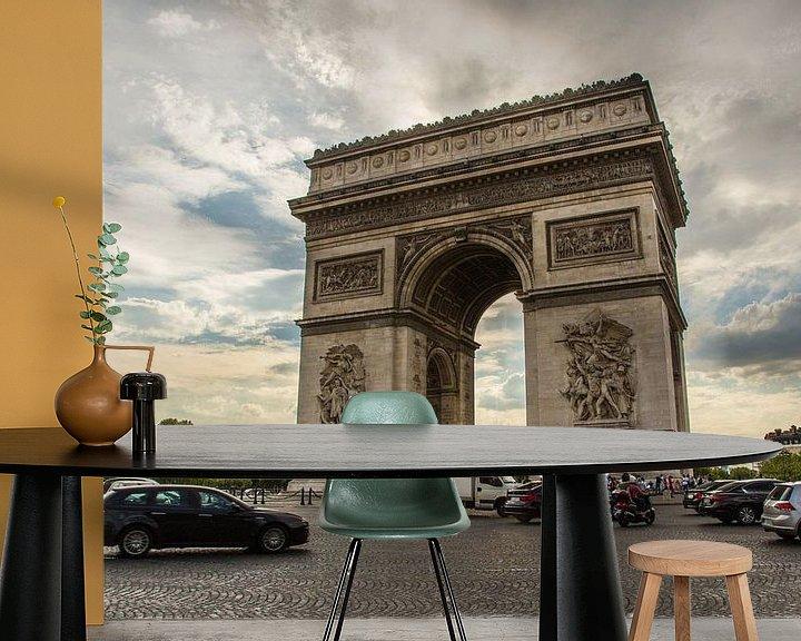 Sfeerimpressie behang: Arc de Triopmhe, Parijs van Melvin Erné