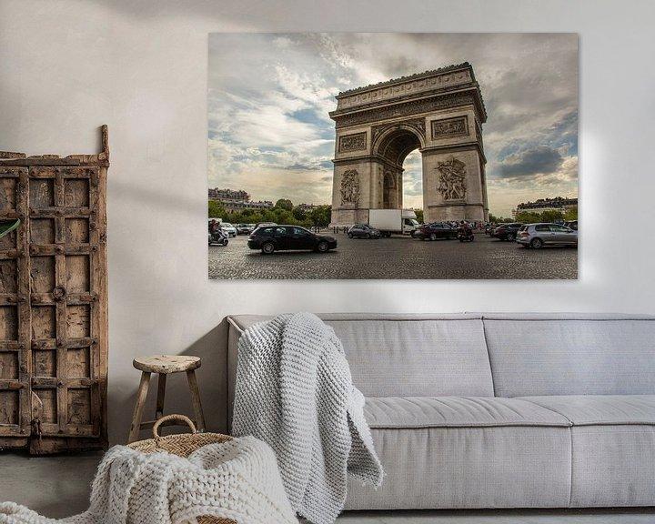 Sfeerimpressie: Arc de Triopmhe, Parijs van Melvin Erné