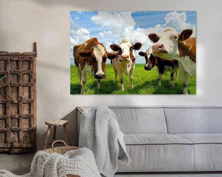 Sfeerimpressie: Vier kletsende koeien van Jan Brons