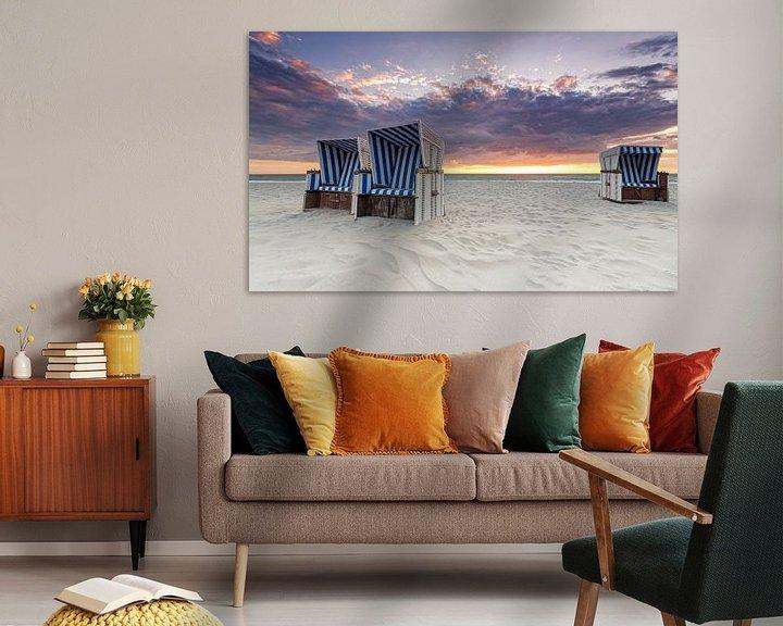 Sfeerimpressie: Beach chairs at sunset van Dirk Thoms