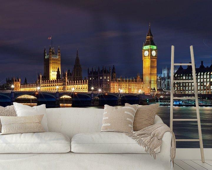 Sfeerimpressie behang: How dare you!? Westminster Palace / London van Rob de Voogd / zzapback