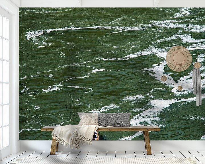 Sfeerimpressie behang: Woelige baren van Sjoerd Mouissie