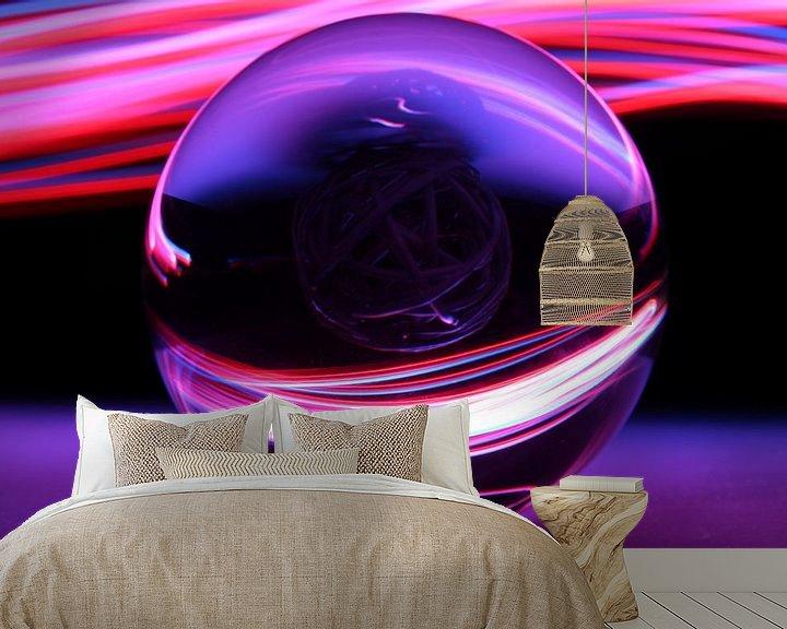 Sfeerimpressie behang: Glazen bol  van Fotografie Sybrandy