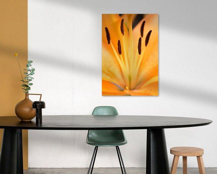 Sfeerimpressie: Orange flower van Royce Photography