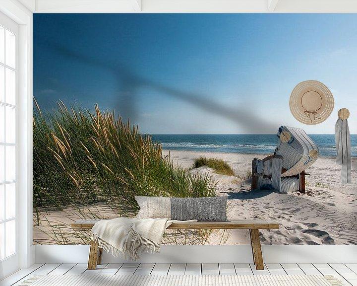 Sfeerimpressie behang: Noordzee - Duin met stralend Duingras van Reiner Würz / RWFotoArt