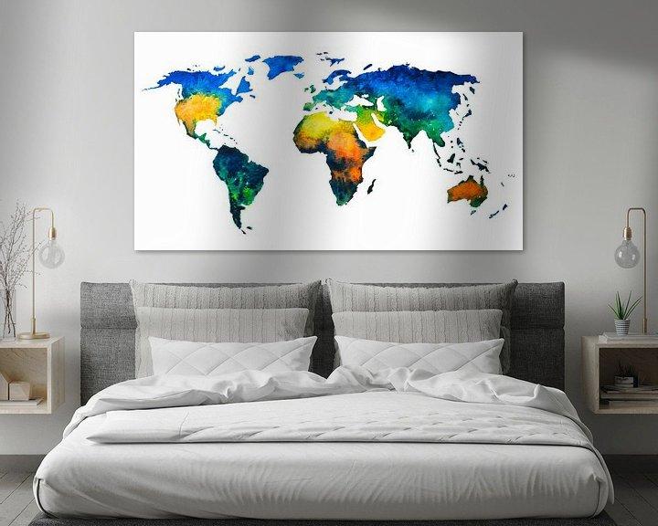 Sfeerimpressie: Kleurrijke Wereldkaart in Aquarel van Wereldkaarten.Shop
