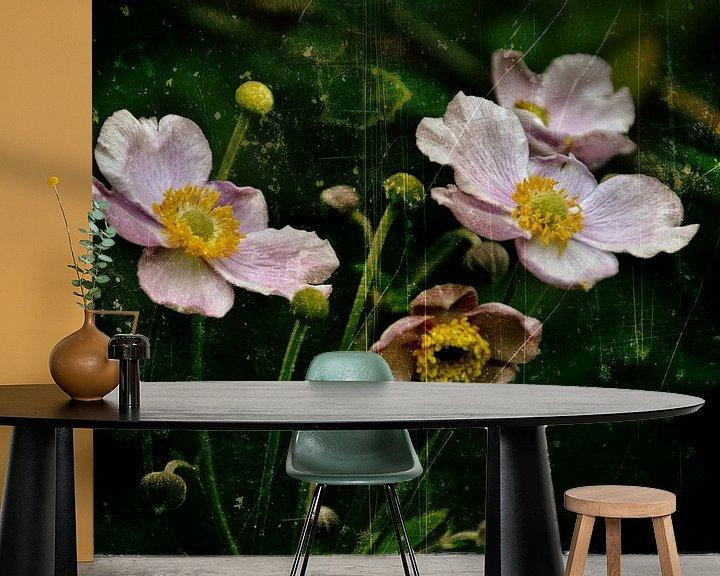 Sfeerimpressie behang: Herbstanemonen - Anemonen van Christine Nöhmeier