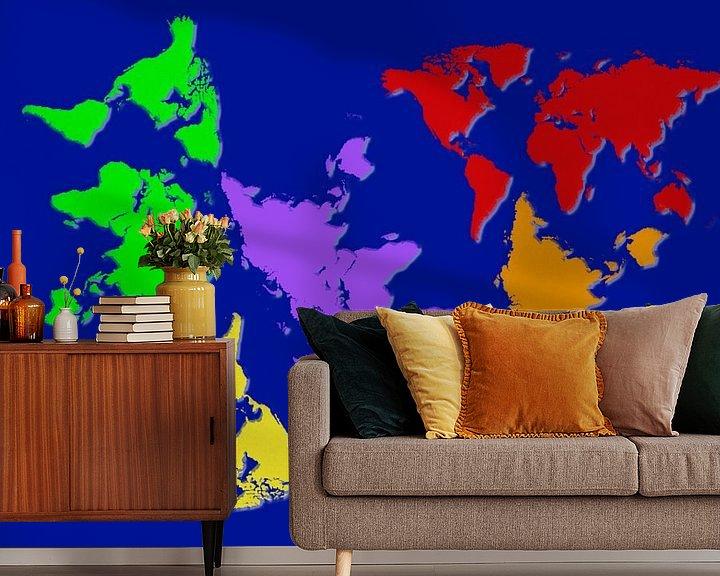 Sfeerimpressie behang: De wereld op z'n kop van Rietje Bulthuis