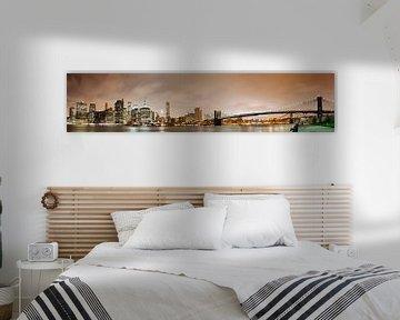 Manhattan Skyline Panorama bei Nacht von Steve Van Hoyweghen