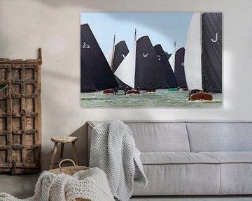 Skûtsje zeilboten op het IJsselmeer van Sjoerd van der Wal
