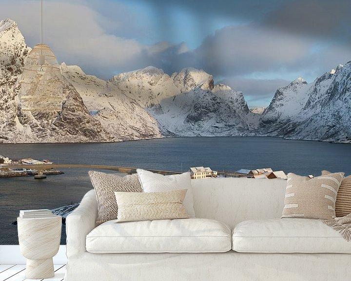 Sfeerimpressie behang: Noorwegen, Sakrisøya van Conny  van Kordelaar
