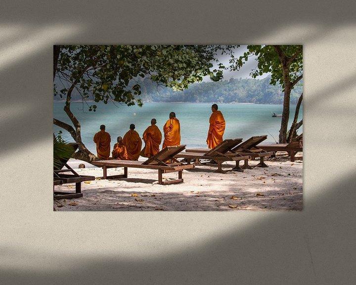 Beispiel: Mönche am Strand von Levent Weber