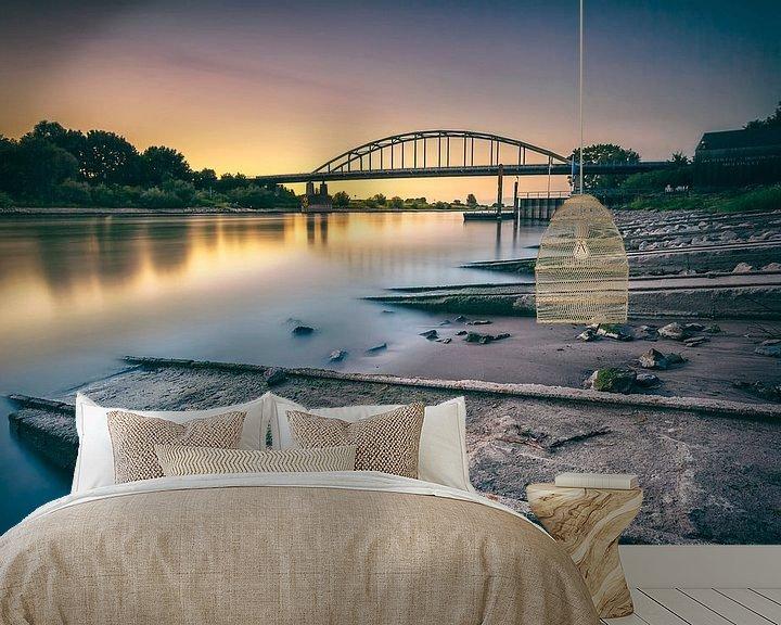 Sfeerimpressie behang: zonsondergang brug Doesburg van Martijn van Dellen