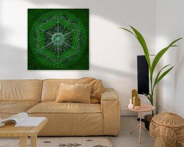 Mandala, groen, met verdikte lijnen van Rietje Bulthuis
