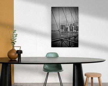 NYC View from Brooklyn Bridge | Monochrome van Melanie Viola