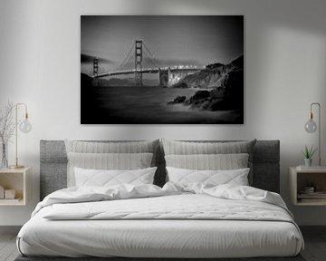 SAN FRANCISCO Golden Gate Bridge & Baker Beach | Monochrome van Melanie Viola