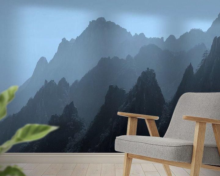 Beispiel fototapete: Silhouetten Gelbe Berge, Huangshan von Inge Hogenbijl