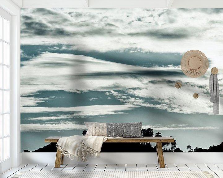 Sfeerimpressie behang: Invallen van de avond in de bergen van Anouschka Hendriks
