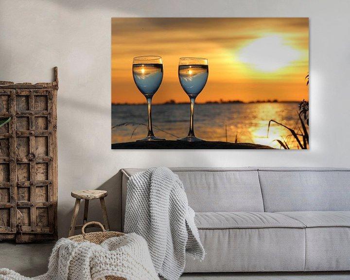 Sfeerimpressie: Zonsondergang  in het glas. De Fluessen Elahuizen. van Fotografie Sybrandy
