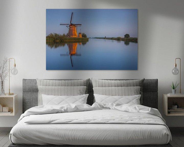 Sfeerimpressie: Molens Kinderdijk verlicht van Ilya Korzelius