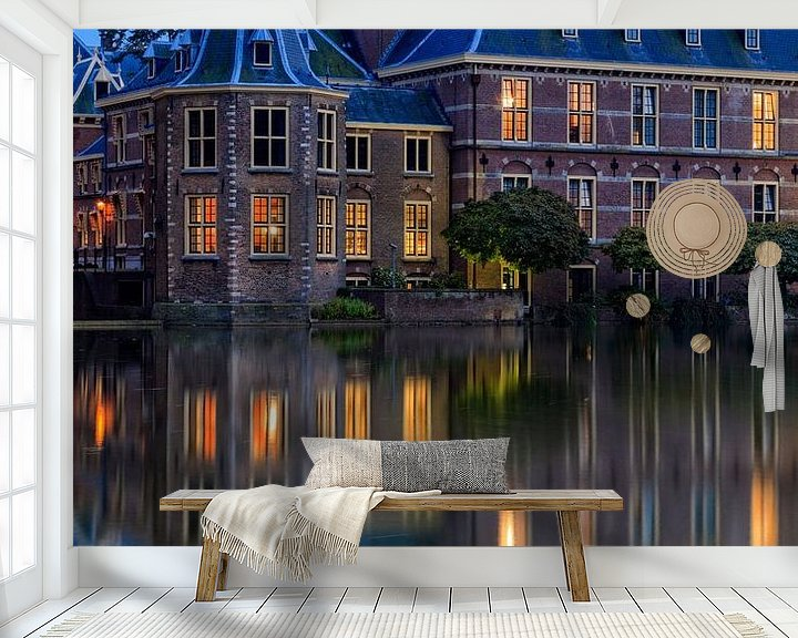Sfeerimpressie behang: avondopname van het Torentje van de Minister-President in Den Haag van gaps photography