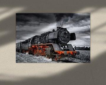 Stoomtrein in Zwart Wit en Rood van Sjoerd van der Wal