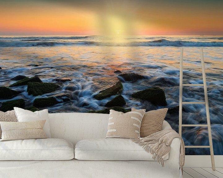 Sfeerimpressie behang: kleurrijke zonsondergang langs de Nederlandse kust van gaps photography