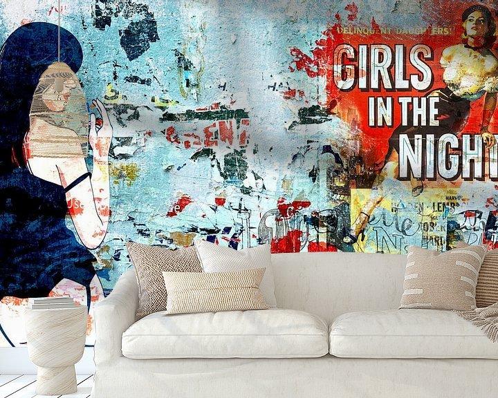 Sfeerimpressie behang: Girls in the Night van david kokke