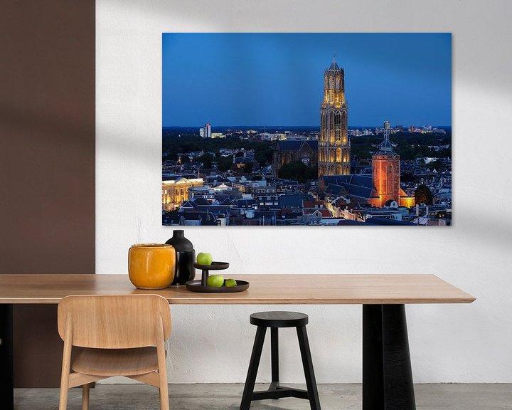 Sfeerimpressie: Stadsgezicht van Utrecht met Domkerk, Domtoren en Buurkerk van Donker Utrecht