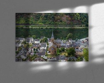 Oberfell met kerk aan de Moesel van Jaap Mulder