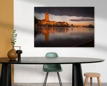 Gouden licht over Deventer von Edwin Mooijaart