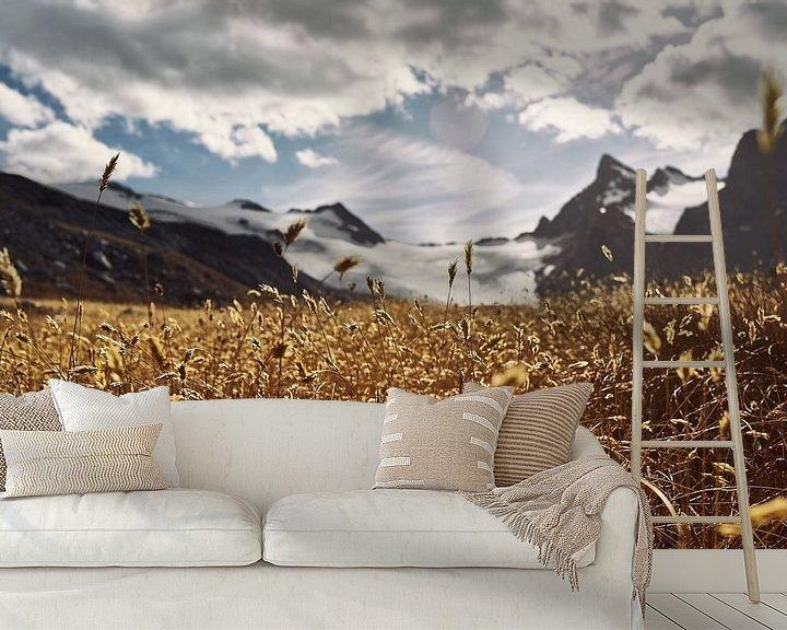 Sfeerimpressie behang: A Golden Dream van Lumi Toma