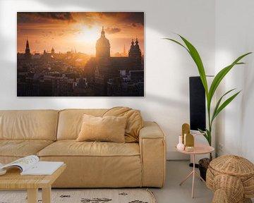 Amsterdam skyline zonsondergang van Albert Dros
