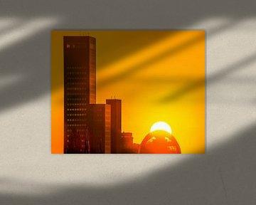 Skyline Leeuwarden oranje sur Harrie Muis