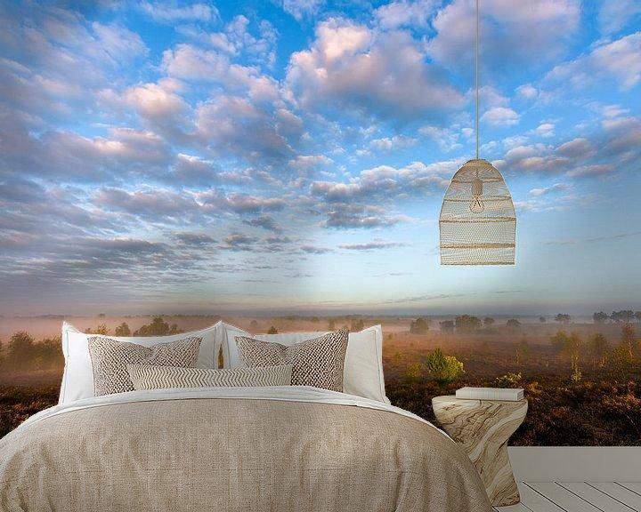 Sfeerimpressie behang: Misty Morning Sunlight van William Mevissen