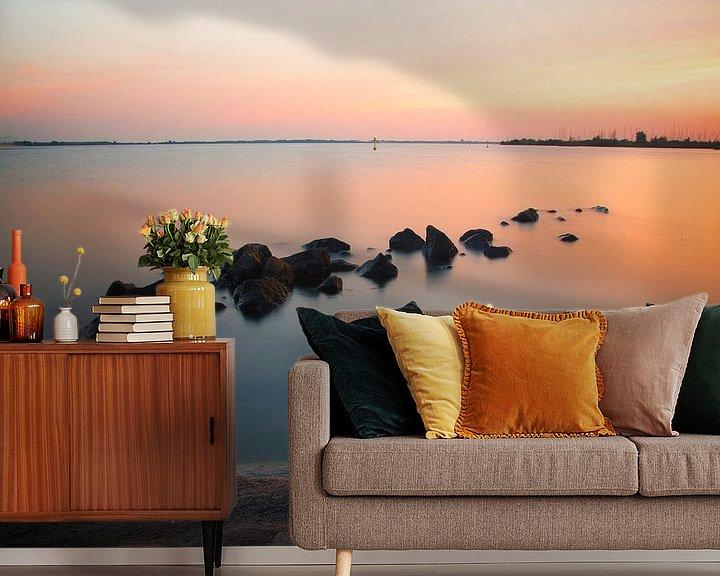 Sfeerimpressie behang: Zonsondergang aan het water van PJS foto