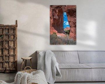 Doorkijkje in Arches Nationaal Park, Utah van Rietje Bulthuis