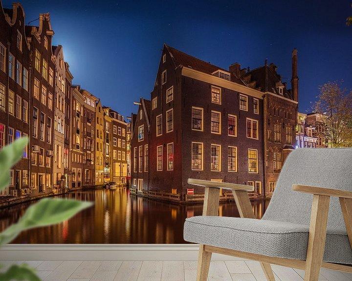 Sfeerimpressie behang: Behind The Red Light District van Reinier Varkevisser