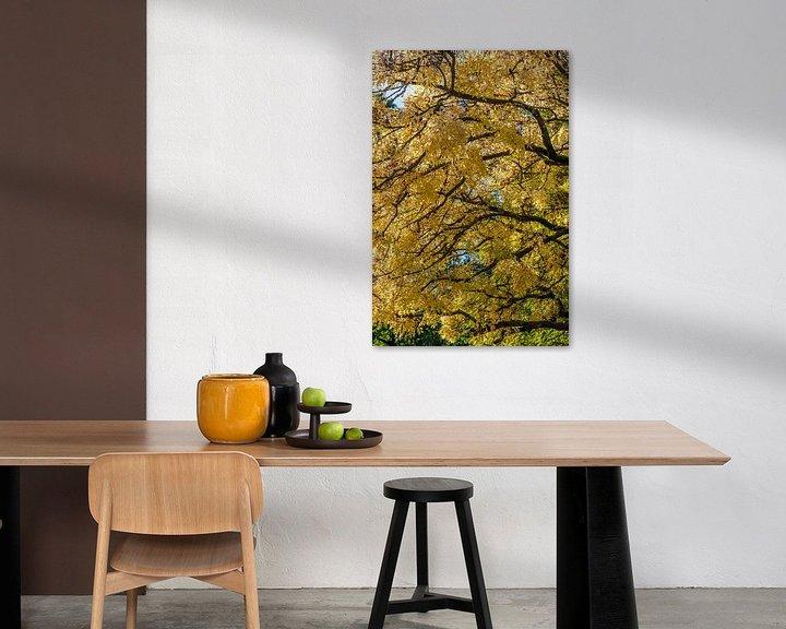 Sfeerimpressie: Gele boom van Wim Slootweg