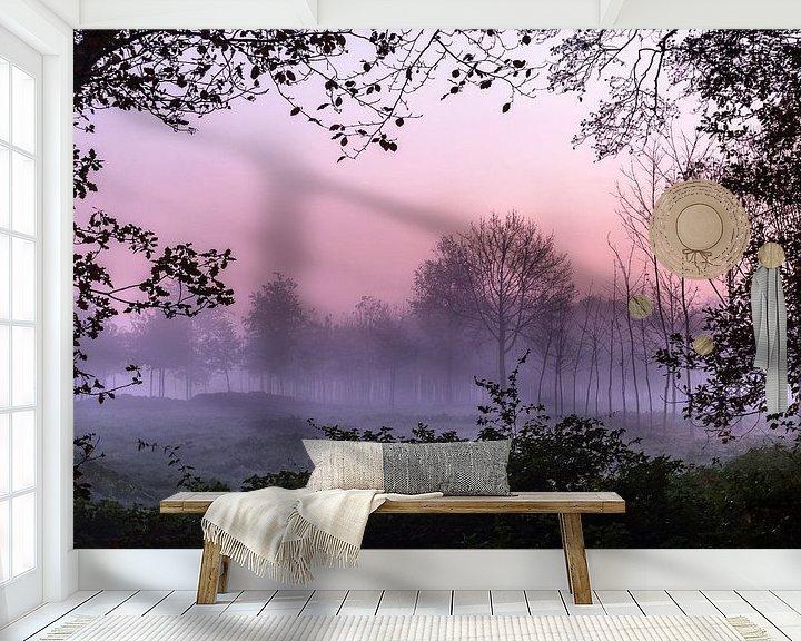 Sfeerimpressie behang: Misty Forest Window van William Mevissen