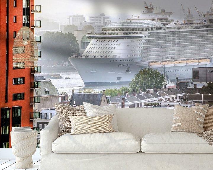 Sfeerimpressie behang: Rotterdam schip oasis of the seas van Alain Ulmer