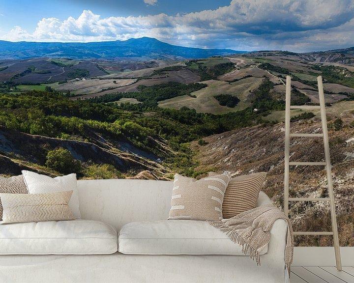 Sfeerimpressie behang: De heuvels van Toscane van Steven Dijkshoorn