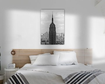 Empire State Building in zwart wit II van Thea.Photo