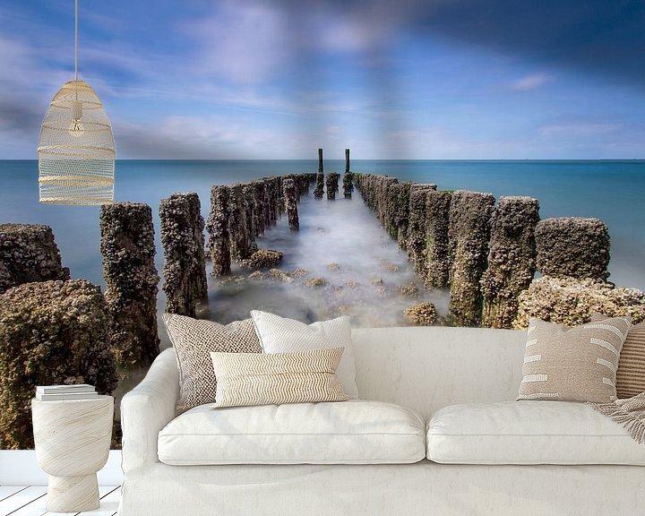 Sfeerimpressie behang: Golfbreker van Pieter limbeek