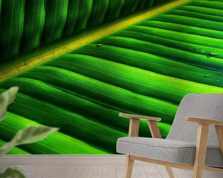 Sfeerimpressie behang: Vierkant blad, natuurlijk abstract van Heleen van de Ven