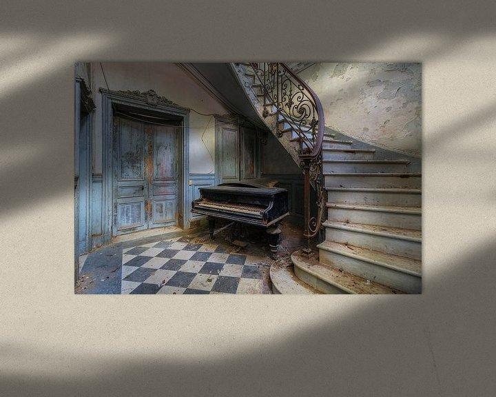 Beispiel: Das Klavier und die Treppe von Truus Nijland