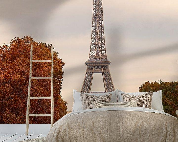 Sfeerimpressie behang: Frankrijk Eifeltoren in de herfst van Rob van der Teen