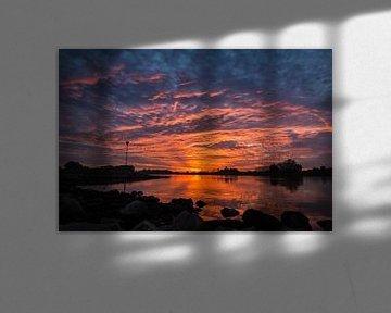 Zonsondergang IJssel Wijhe von Edwin Mooijaart