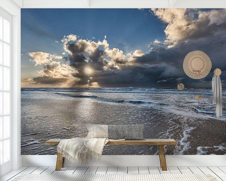 Sfeerimpressie behang: zon breekt door de wolken van eric van der eijk
