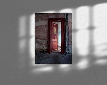 Achter de rode deur van Jo Stoop